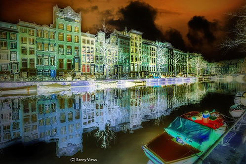 A Sanny View on the Amsterdam Canal