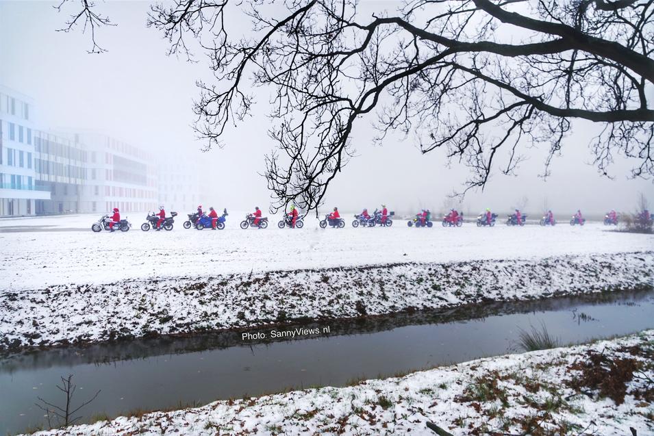 Biking Santas for Maxima