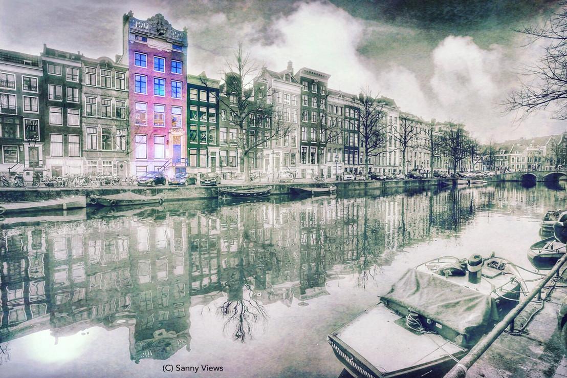 Special delivery Sanny Views Amsterdam.J