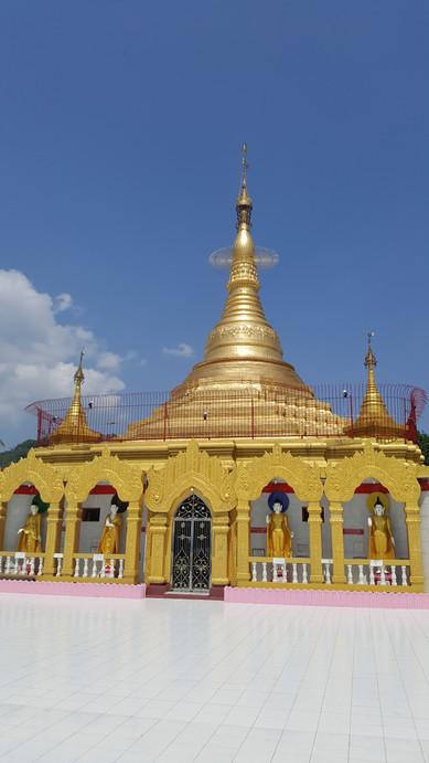 Bicycle touring Myanmar