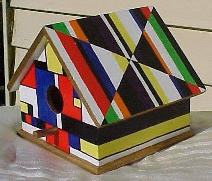 Op-Art Birdhouse