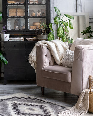 Comfortable-armchair-with-cushion-in-liv