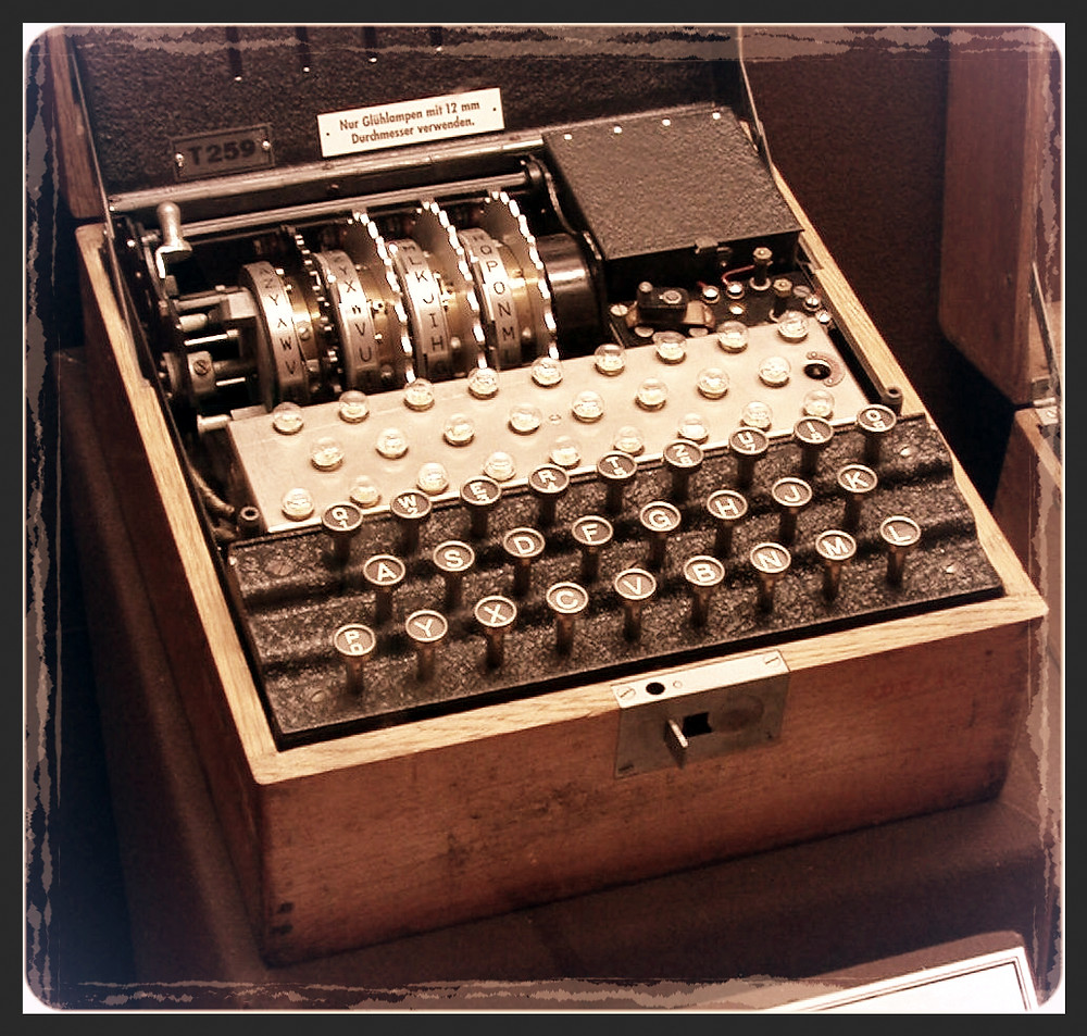 Four-rotor-enigma_edited.jpg