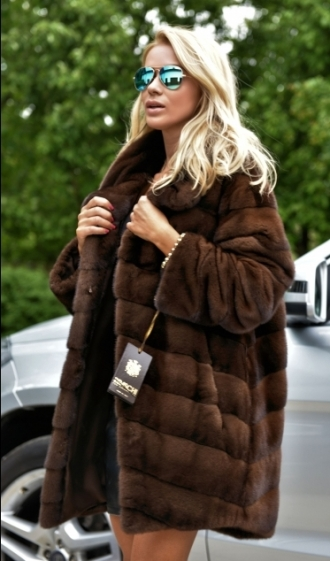 min_exclusive-braschi-royal-saga-mink-fur-coat-2741-000.jpg