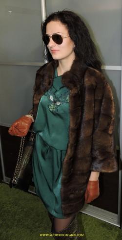 SAGA FUR FOX пошив шубы на заказ из норки соболя куницы рыси 16.JPG
