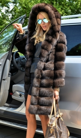 min_fantastic-natural-barguzin-russian-sable-fur-coat-2780-0.jpg