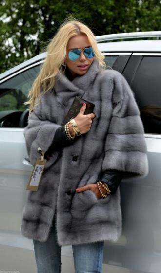 min_milano-sapphire-royal-saga-mink-fur-coat-3258-1.jpg