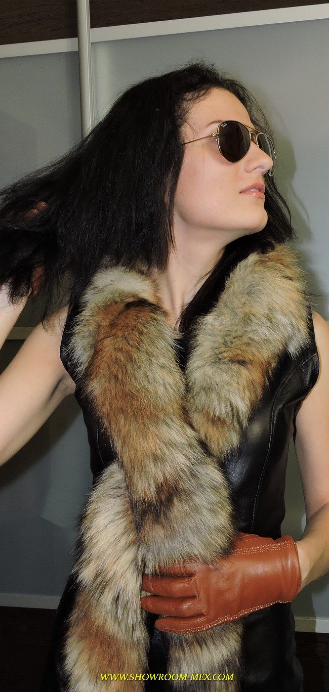 www.showroom-mex.com SAGA FUR FOX MINK COAT BOA67.JPG