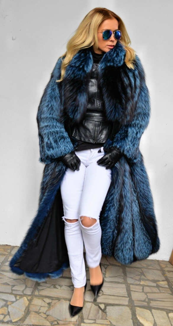 lafuria-2015-blue-royal-saga-fox-fur-long-coat-3524-1.jpg