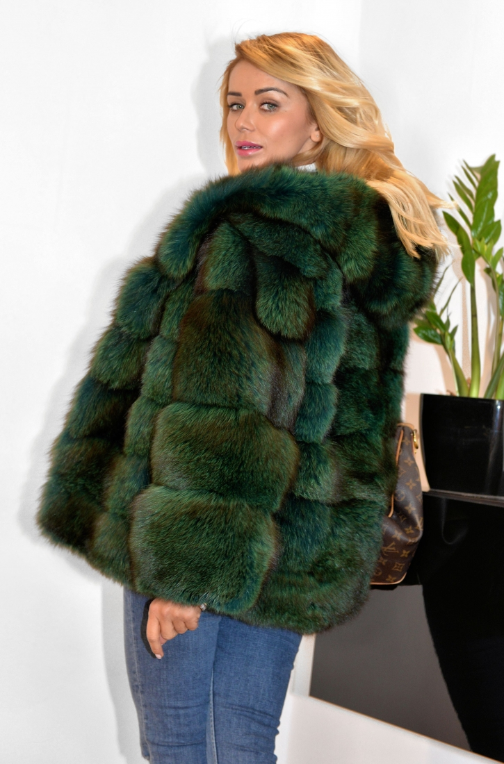 fantastic-royal-saga-fox-fur-coat-with-hood-Пошив шубы на заказ www.showroom-mex