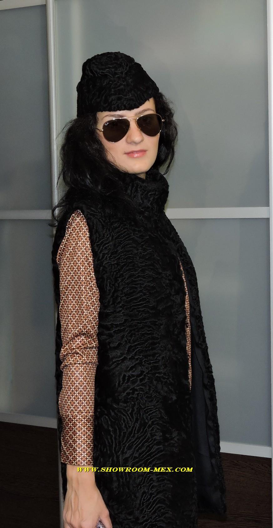 Жилет с  шапкой из свакары swakara coat lux hat  www.showroom-mex.com 01.jpg
