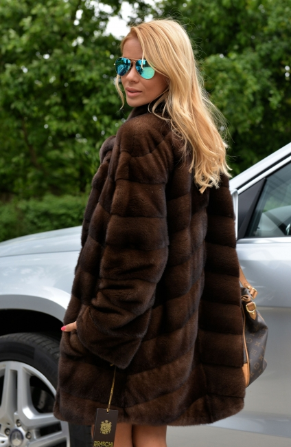 exclusive-braschi-royal-saga-mink-fur-coat-2741-000a1.jpg