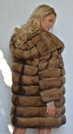 natural-gold-russian-sable-fur-coat-with-big-hood-3193-8.jpg