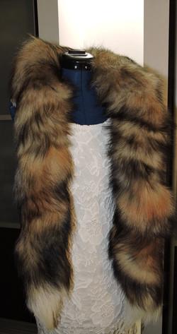 Шарф-Боа из хвостов сибирской лисы