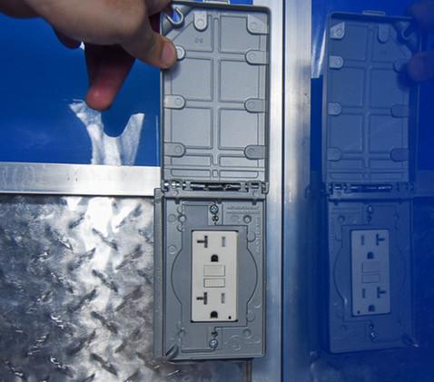 Outlet-box.jpg