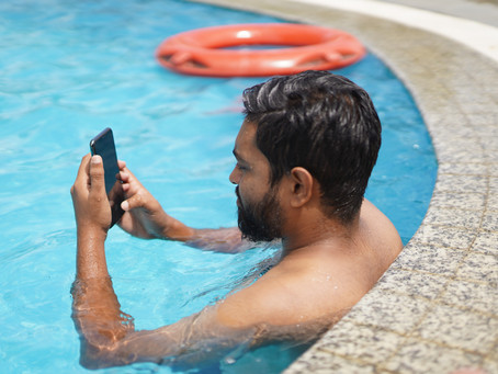How to Manage Your Pool Service Information With Your Phone