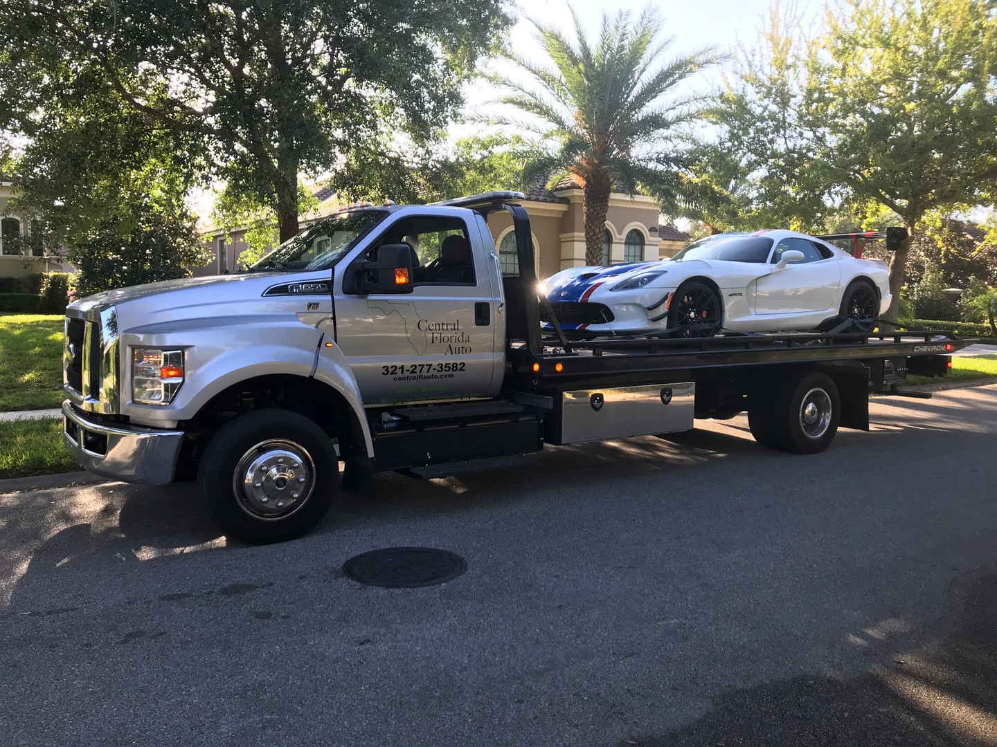 dodge-viper-towing.jpg