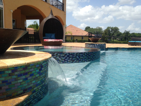 Sea Breeze Pools: Professional Pool Cleaning in the 21st Century