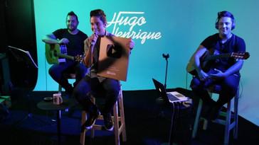 Hugo Henrique é homenageado em Showcase – o artista recebeu a placa de 1 milhão de inscritos no Youtube