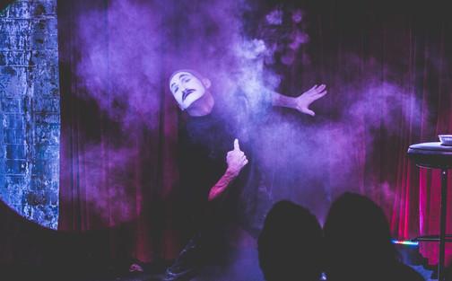 Knox Street Bar 'Mime Performance'