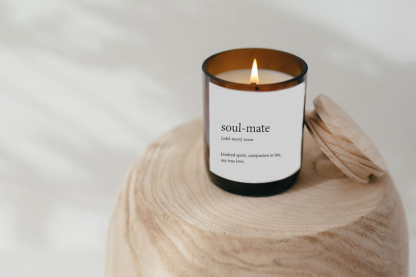 DICTIONARY SOY CANDLE - SOUL MATE