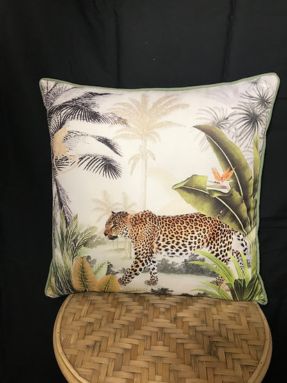 SQUARE CHEETAH CUSHION