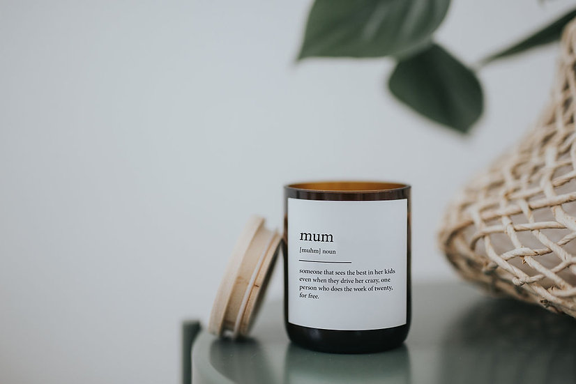 DICTIONARY SOY CANDLE MUM