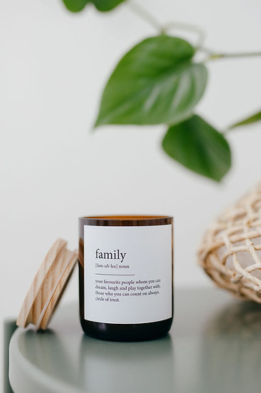 DICTIONARY SOY CANDLE - FAMILY