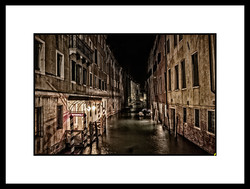 LOST IN VENISE HS 04.jpg