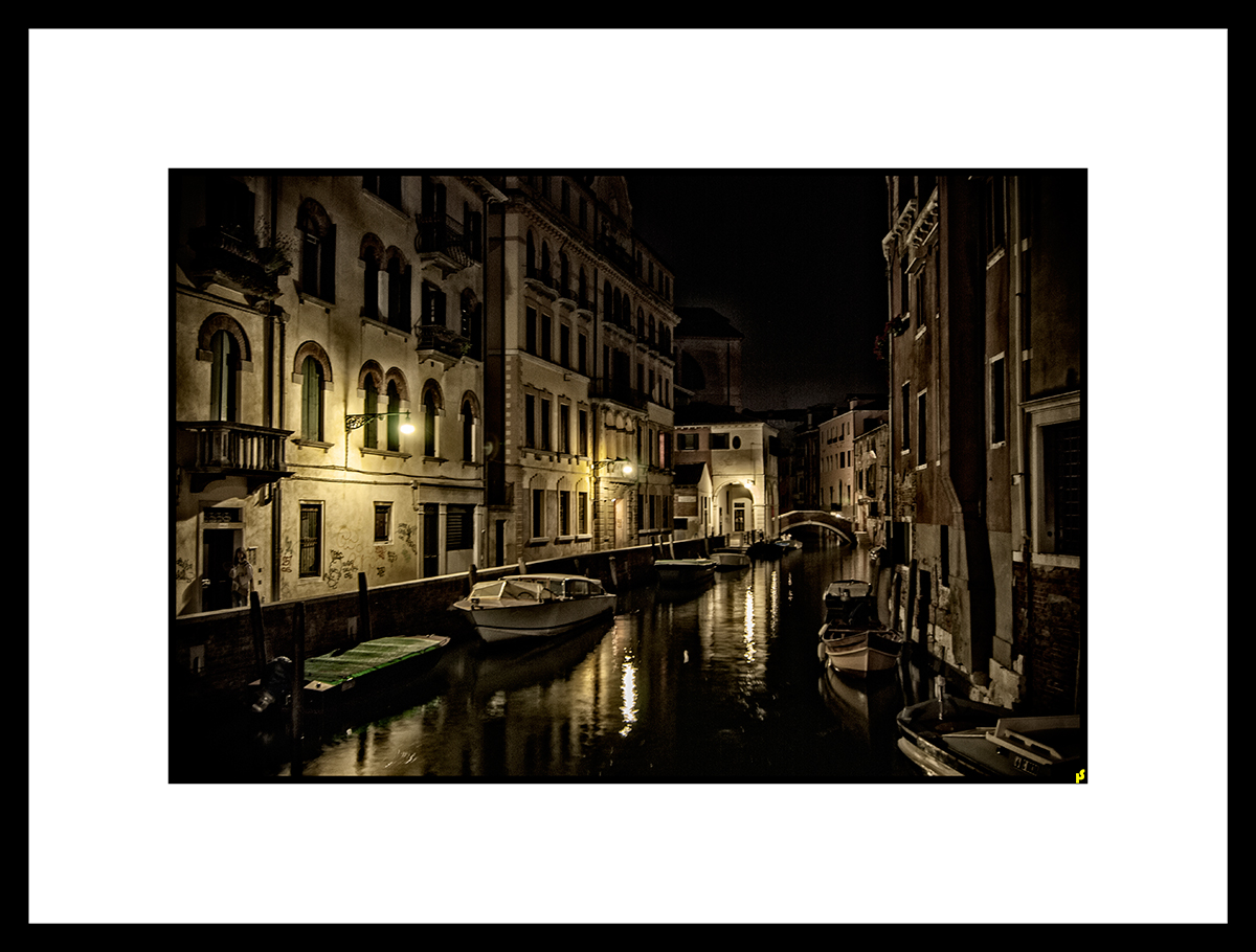LOST IN VENISE HS 02.jpg
