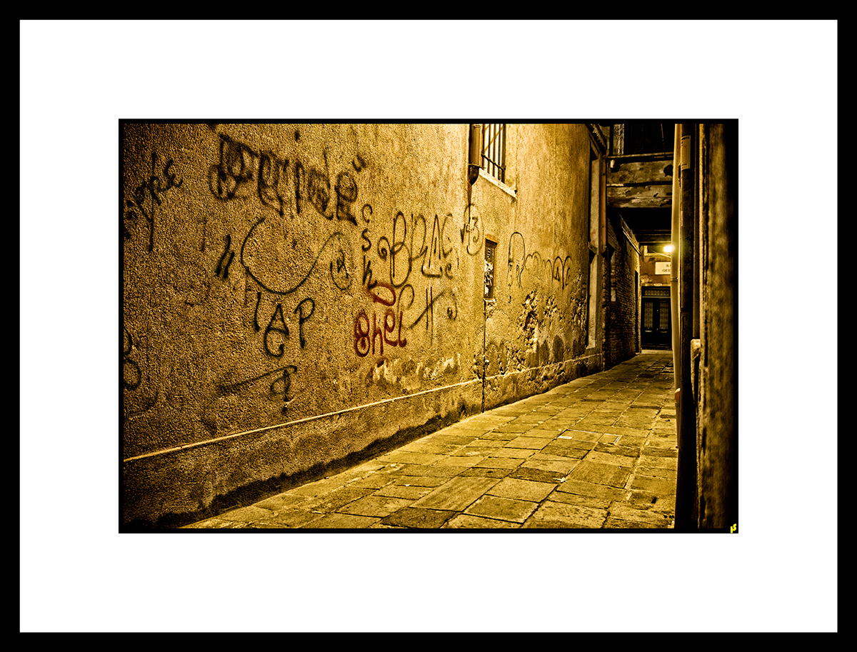 LOST IN VENISE HS 18.jpg