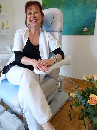 arte-pedico: Kosmetische Fusspflege Kloten: Susi Cueni