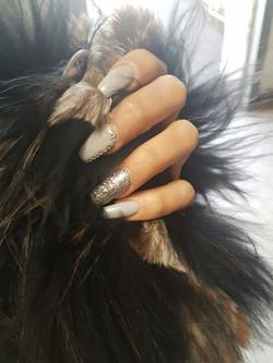 Manikure, Pedikure und Nail Design K