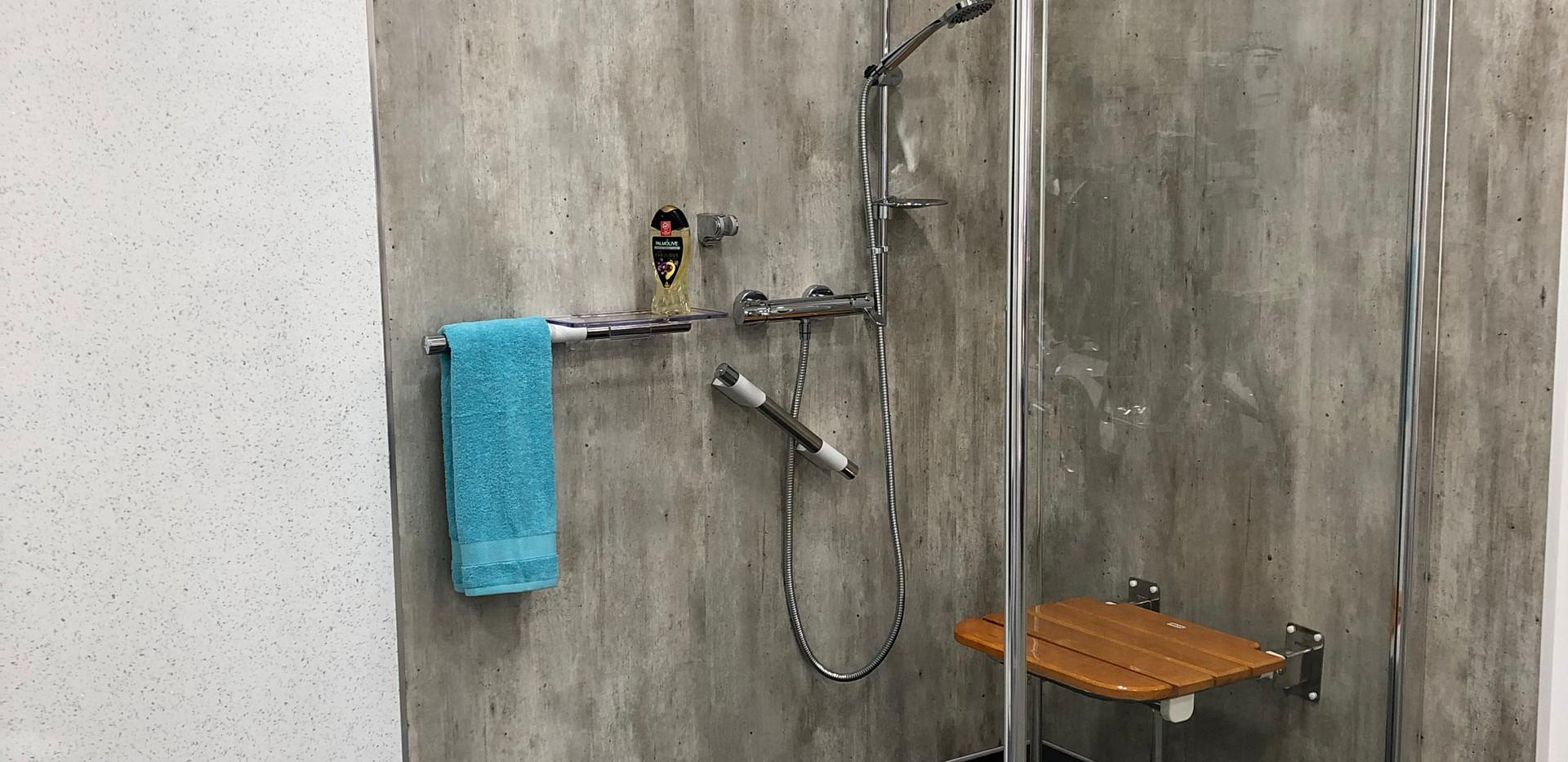 showroom wet room