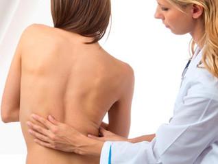  O diagnóstico precoce da escoliose pode evitar a cirurgia da coluna vertebral