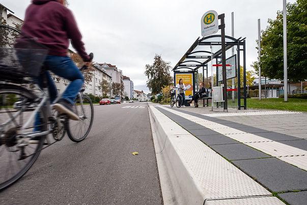 Mobilität_Leopoldring mit Radfahrer und