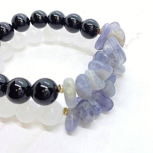 Iolite Chip with White Jade or Black Onyx Bracelet