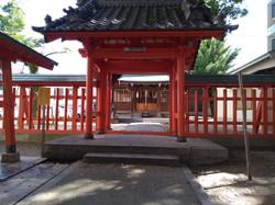 弟との若宮神社