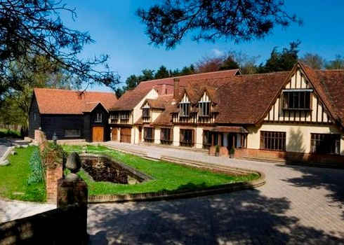 Great Hallingbury Manor.jpg