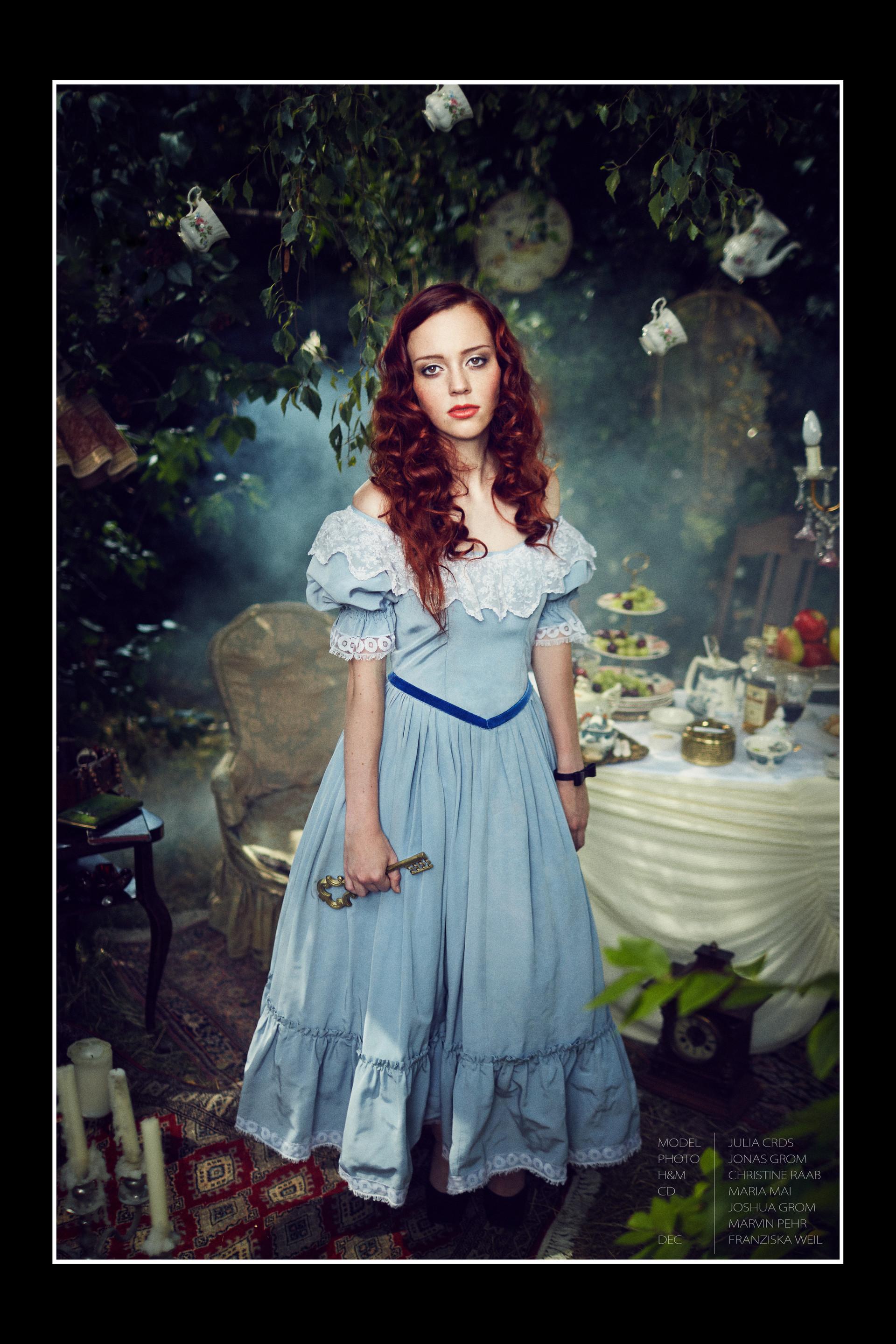 Alice453.jpg
