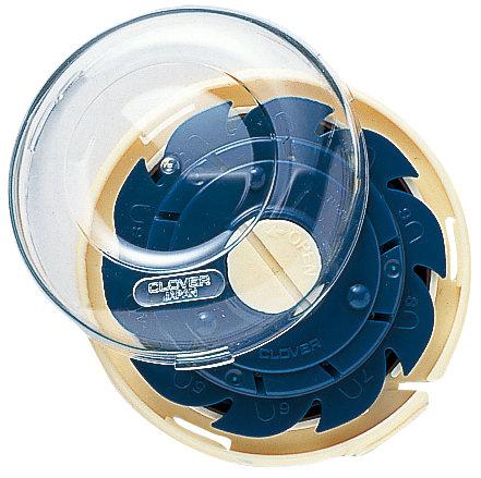 Clover Dome Threaded Needle Case - 625