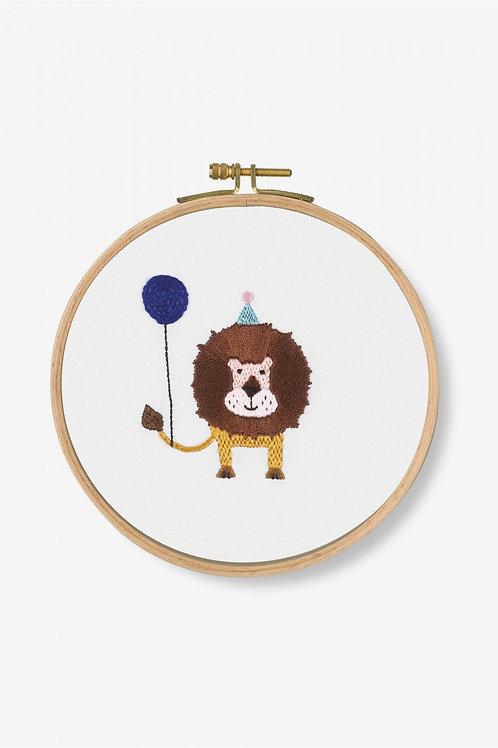 DMC Embroidery Kit Lion Roar TB123