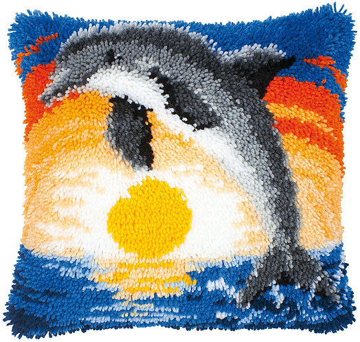 VERVACO Latch Hook Cushion Kit Dolphin At Sunset - PN-0014122