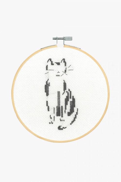 DMC Cross-Stitch Hoop Pensive Cat BK1881