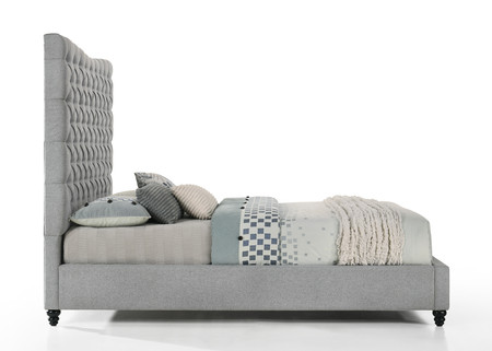 Tufted Headboard Platform Bed with Turned Legs