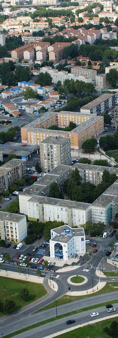 Vue aérienne des quartiers sud d'Avignon