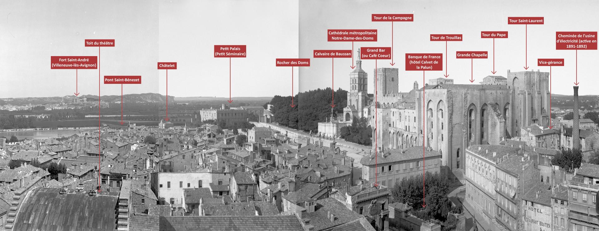 Vue panoramique d'Avignon depuis le beffroi de l'hôtel de ville 4/4