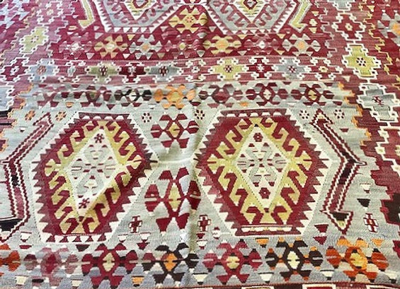 Vintage Turkish Esme Kilim            Fine Blush and soft grey