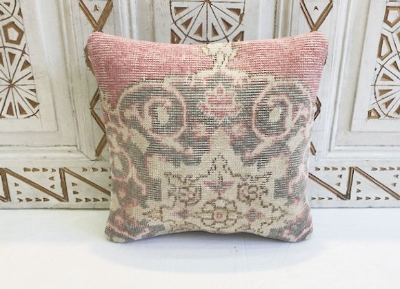 Vintage Turkish Boho Pillow             40x40cm- Vintage Rug / Pink (2)