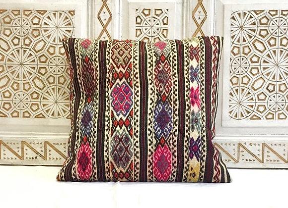 Vintage Kilim Pillow                                                    60x60 cm